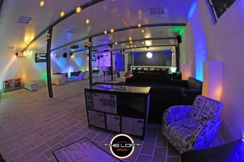 loft LOUNGEBAR2